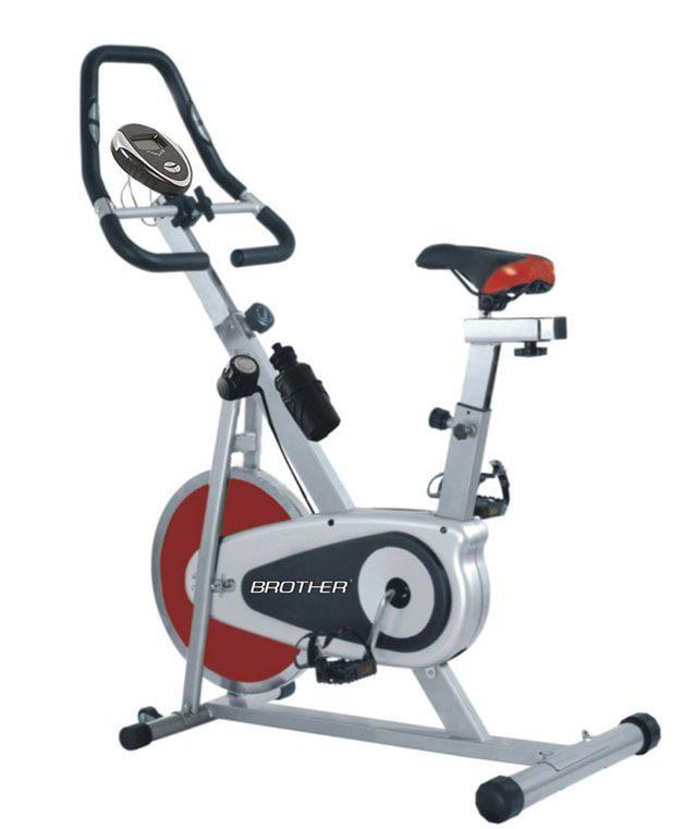 *B* Cyklistický trenažer BC4620 - PŘEDVÁDĚCÍ MODEL