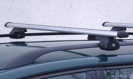 Hakr 0013+0016 - hliníkové příčníky s T-drážkou na standardní hagusy - délka 135 cm