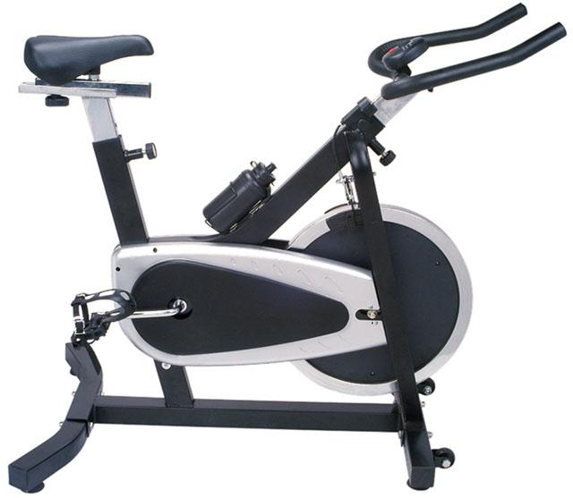 *B* Cyklistický trenažer