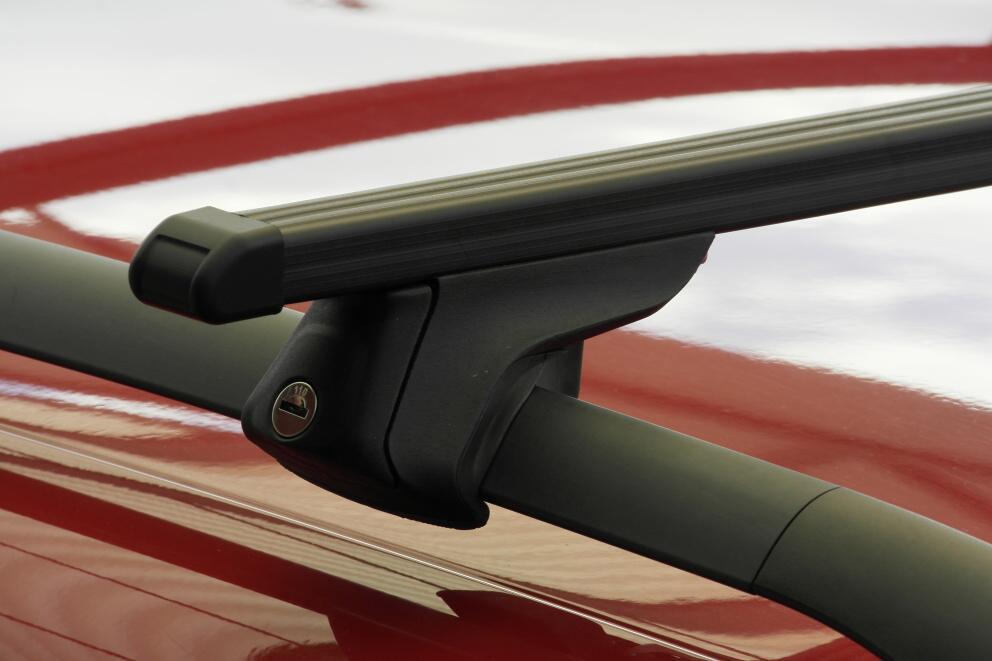 Střešní nosiče Piccola FP21000+TP2115 Flexbar tyče ocel - příčníky na integrované hagusy