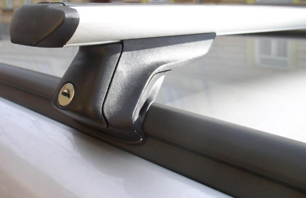 Střešní nosiče ELSON auto FP21000+TA2115 Flexbar Alu - příčníky pro integrované hagusy